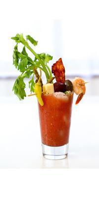 koktélok, koktél receptek - Schrimp Bloody Mary